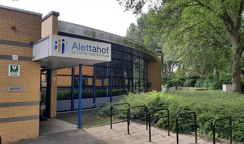 <p>De Alettahof in Noord-Hofland is &eacute;&eacute;n van de buurthuizen die worden verduurzaamd.&nbsp;</p>