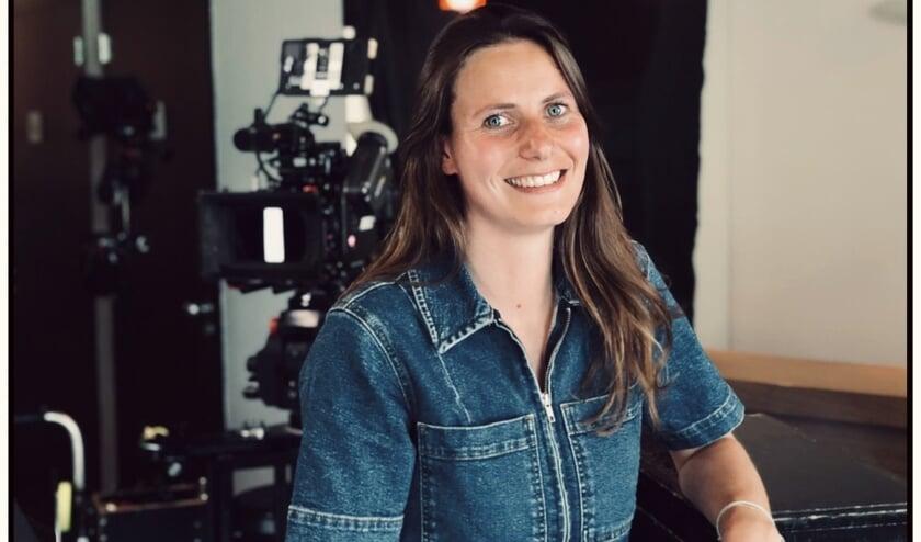 <p>Lieke Mulder is nauw betrokken bij de nieuwe serie &#39;Jos&#39; die voor een deel in een Voorschotense woning werd opgenomen. Foto: PR</p>