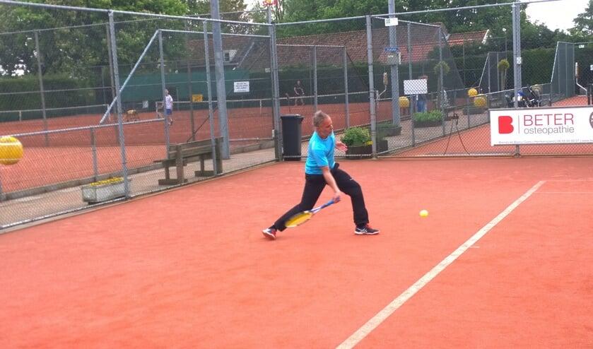 Overtuigende start tennissers LTC Zierikzee in hoofdklasse