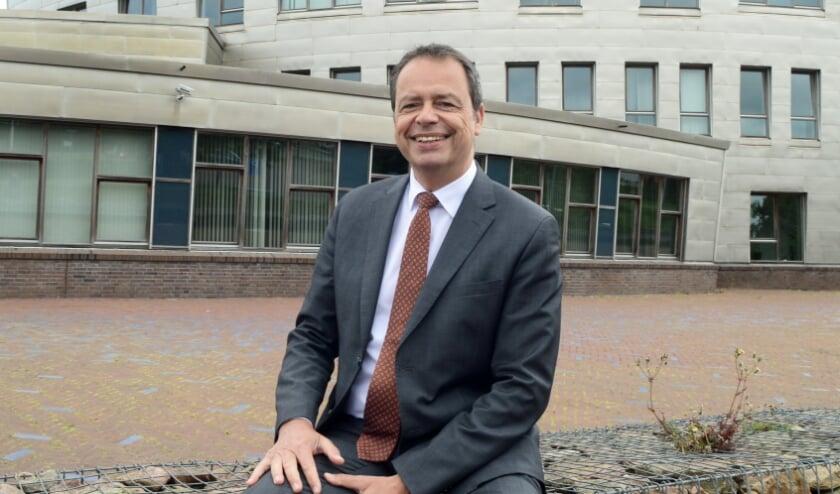 <p>Burgemeester Jack van der Hoek</p>