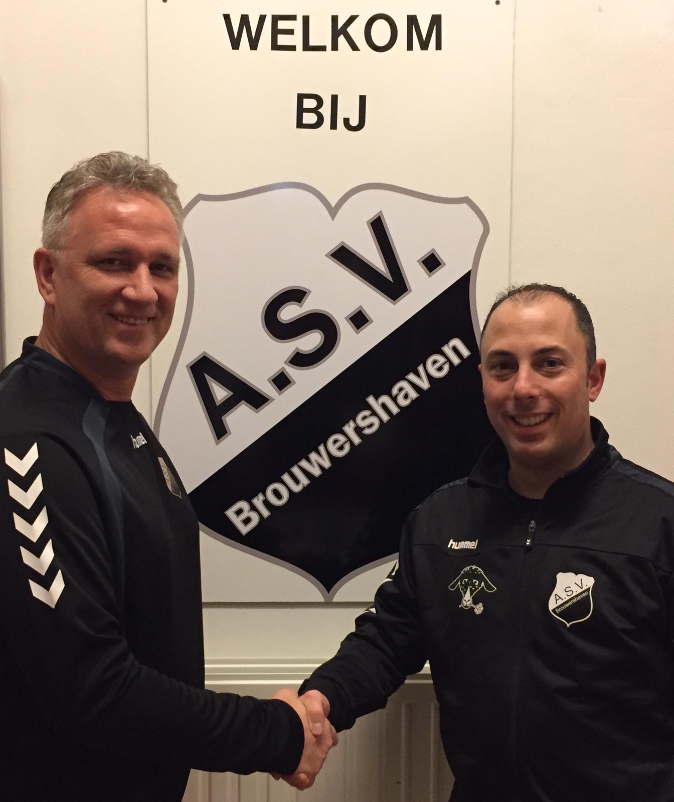 Brouwershaven verlengt contract trainer met twee jaar