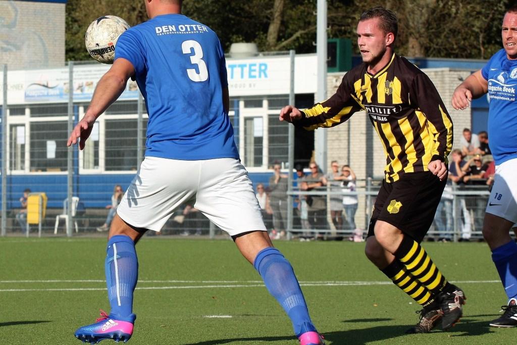 Spits Kevin Besamusca (Wilhelmus) luisterde zijn rentree na lang blessureleed op met de 0-3 (archieffoto: AW).  © Het Krantje