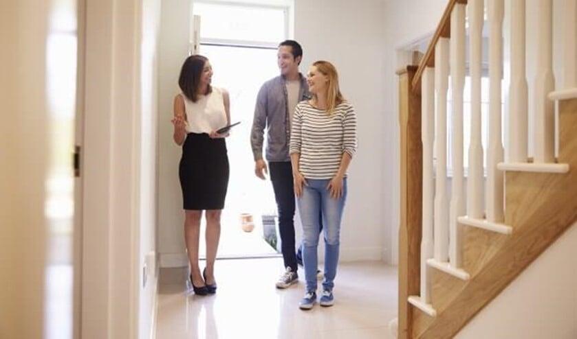 Benieuwd hoeveel jij extra mag lenen voor energiebesparende voorzieningen? Maak een afspraak en kom langs bij De Hypotheker.