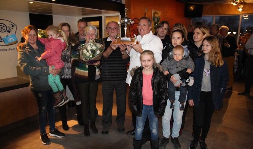 De Kauffman Trofee was voor Aad Vollebregt. Er was heel wat familie opgetrommeld!