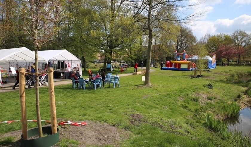 Activiteiten in Park 't Loo tijdens Fenomeen Bovenveen (archieffoto Atte Roskam).