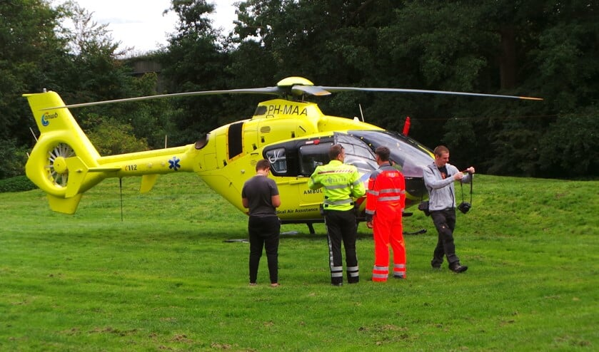 Vanwege de ernst van de verwondingen werd ook de traumahelikopter ingeschakeld (archieffoto Tom Lek).
