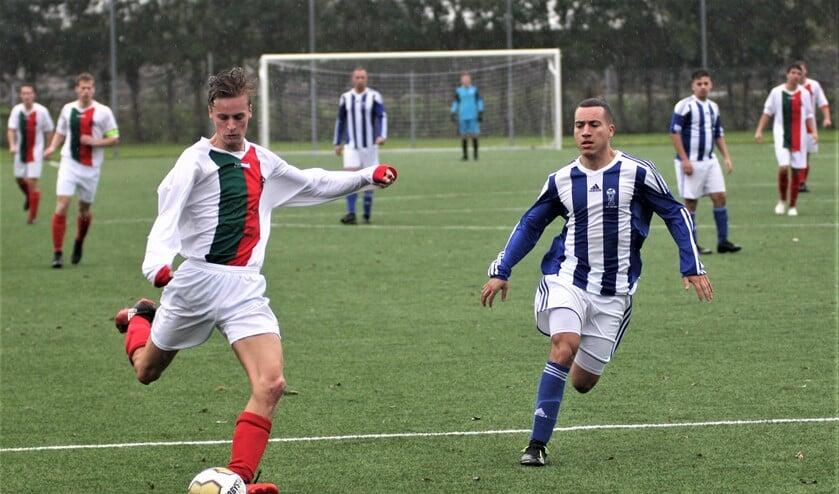 Lars Roeling (stompwijk'92) debuteerde en scoorde 6-0 (foto: AW).
