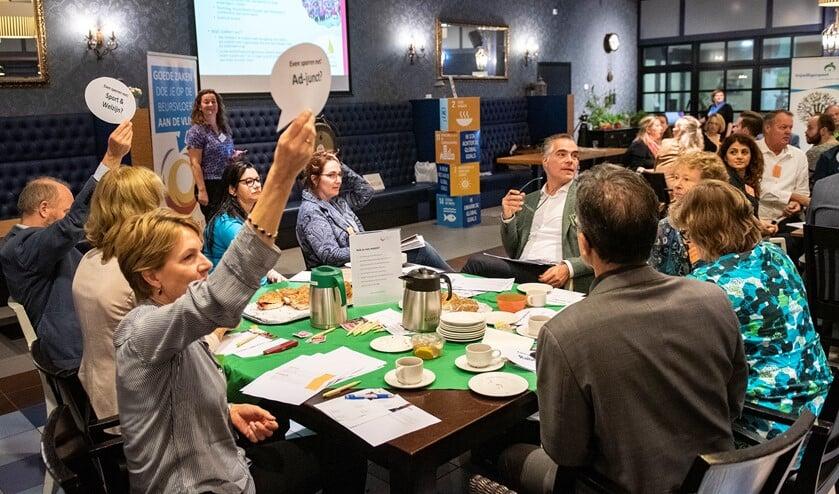 Heleen van Beek van Ad-junct meldt zich voor een match met een maatschappelijke organisatie (foto: MG Fotografie).