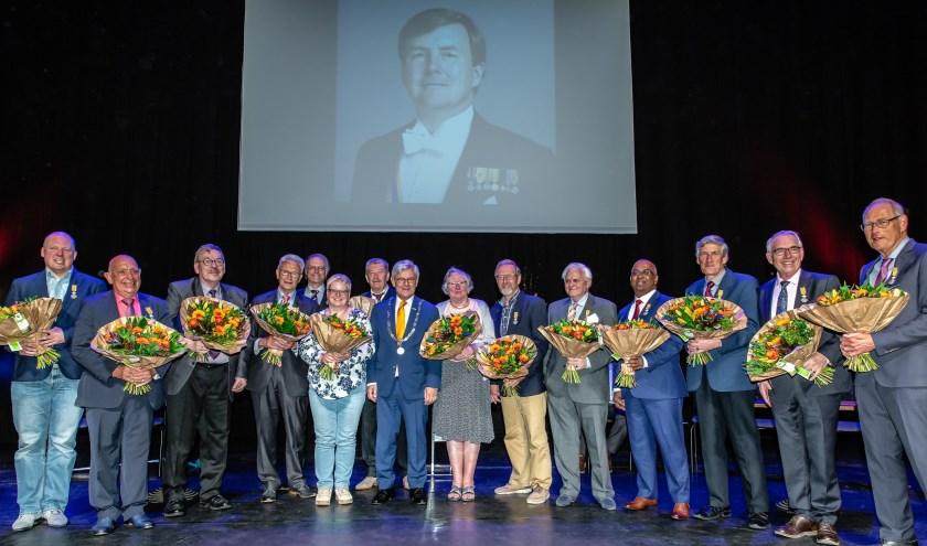 Veertien Zoetermeerders ontvingen een Koninklijke Onderscheiding voor hun vaak belangeloze inzet voor de medemens en de maatschappij. Foto: pr