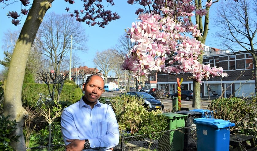 Delroy Blokland is in 2007 naar Voorburg verhuisd. Toen zijn kinderen naar de basisschool gingen, heeft Blokland zich gemeld bij de lokale PvdA om meer betrokken te zijn bij het bestuur van de gemeente.