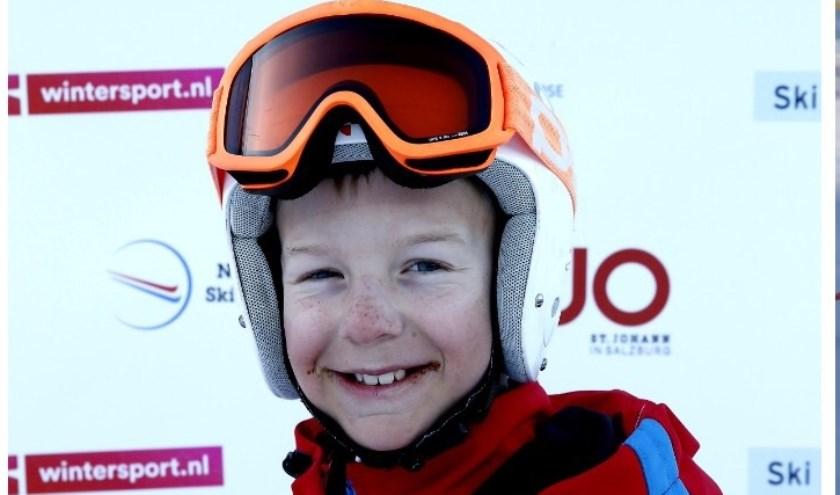 Thijn van Vliet skiet in het skiteam van Snowsports Academy racing. Foto: pr