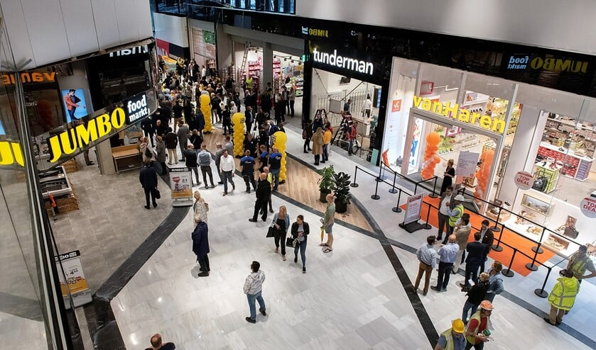 <p>De gemeente roept op om drukte bij het winkelen voor Sinterklaas en Kerst te vermijden (archieffoto: Michel Groen).</p>