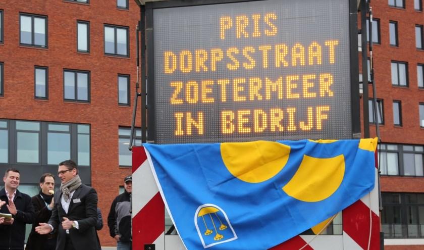 Het PRIS Dorpsstraat parkeerverwijssysteem staat op de helling. Foto: Jan van Es