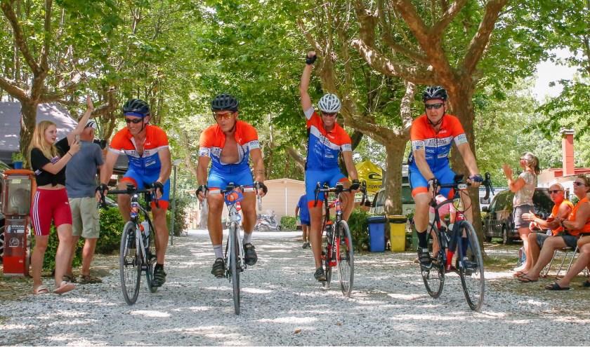Team Westland-Zoetermeer in Italië: 'We hadden het voor geen goud willen missen.' Foto: pr