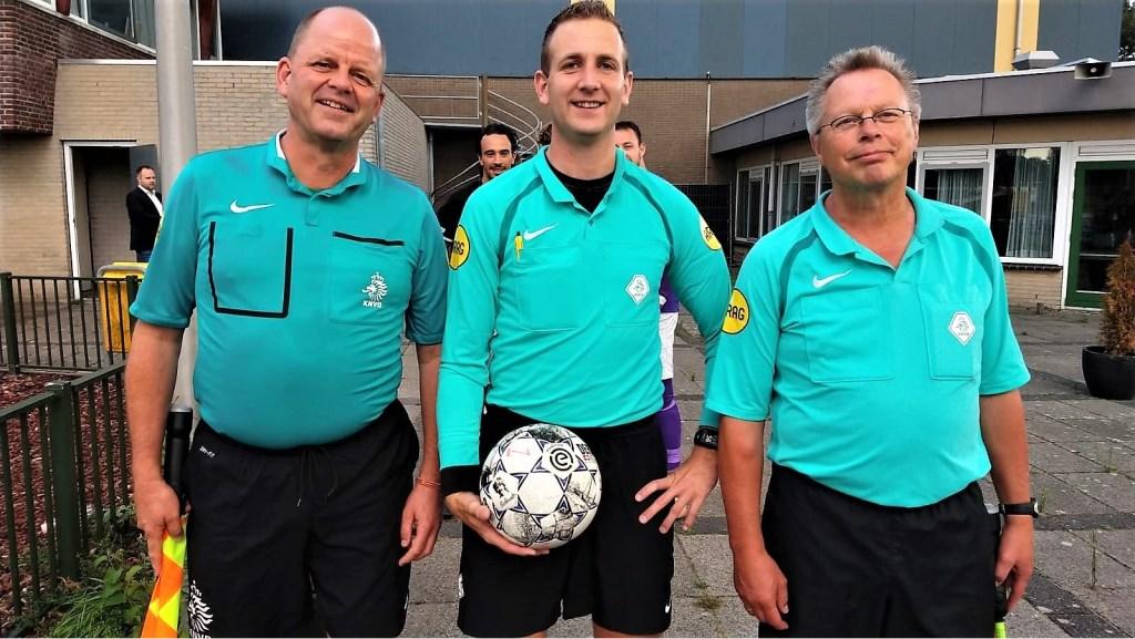 Het SEV-trio Alexander Wagener, Remco Schul en Tjaard de Vries leidde RKAVV-Scheveningen (foto: Jelle Abma).  © Het Krantje