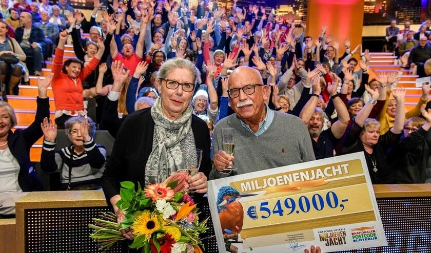 Voorburger Bernard, hier met zijn vrouw, was eerder succesvol tijdens de Miljoenenjacht (foto: Roy Beusker).