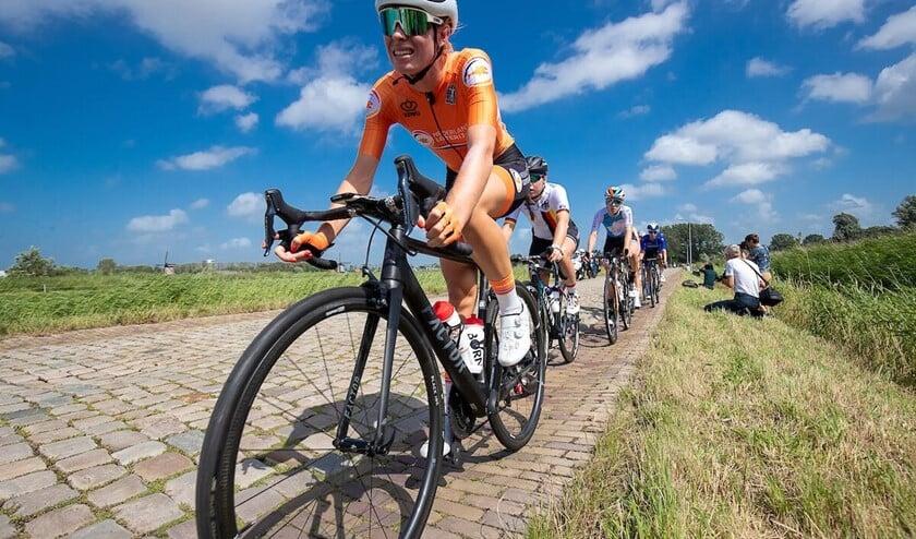 Demi Vollering: begonnen bij de Dikke Banden Race en de Toerclub Pijnacker en nu in actie bij het EK en andere grote wedstrijden. (foto Sportfoto.nl)