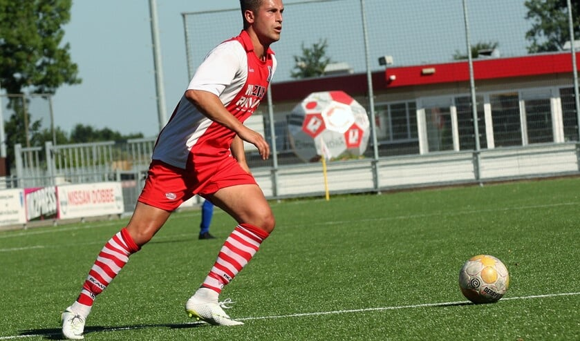 RKAVV-debutant Mike van Toor scoorde meteen 1-0 (archieffoto: AW).