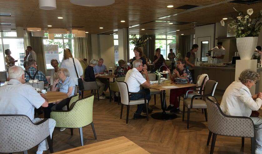 Tientallen nieuwe vrijwilligers hebben zich aangemeld tijdens de open dag van WZH Vliethof.