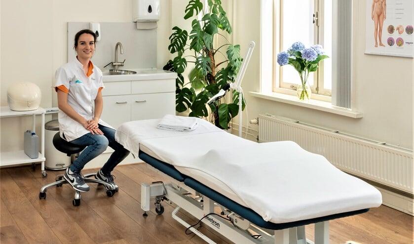 """Elise Guthmuller van Skin Aid huid- en oedeemtherapie: """"Het kunnen geven van verlichting en het bieden van oplossingen bij huidproblemen geeft mij voldoening."""""""