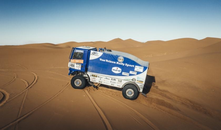 De laatste 28 km van de derde etappe waren pittige duinen. Maar het 'Blauwe Schatje' deed het prima (foto: pr Van Velsen Rallysport).