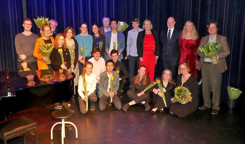 Groepsfoto Open Podium Klassiek Special van Talentenloods (foto: Ot Douwes).