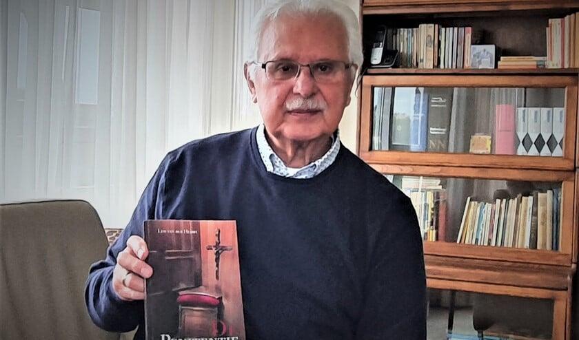 <p>Het boek van Leo van der Heijdt geeft een tijdsbeeld van de<br>huiselijke- en wereldgebeurtenissen in zijn 80-jarige leven.</p>