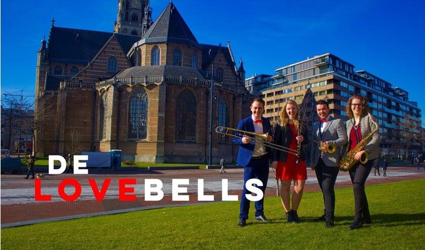 <p>Het professionele blaaskwartet The Lovebells met in hun midden de Schipluidens/Pijnackerse trompettist Ruben van der Kleij.</p>