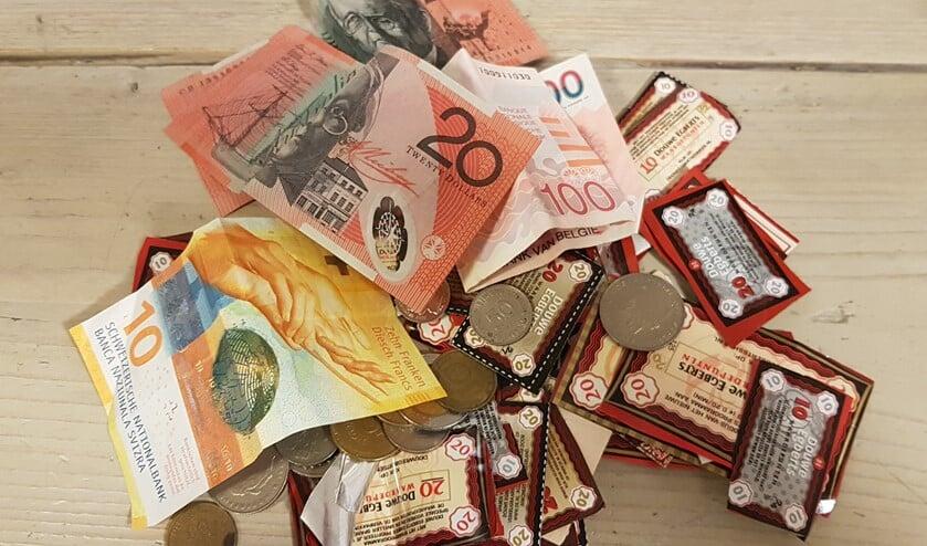 <p>Behalve koffiepunten kun je ook oud en vreemd geld inleveren.</p>