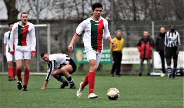 Rick de Haan (Stompwijk'92) scoorde zondag 2-2 (archieffoto: AW).  © Het Krantje