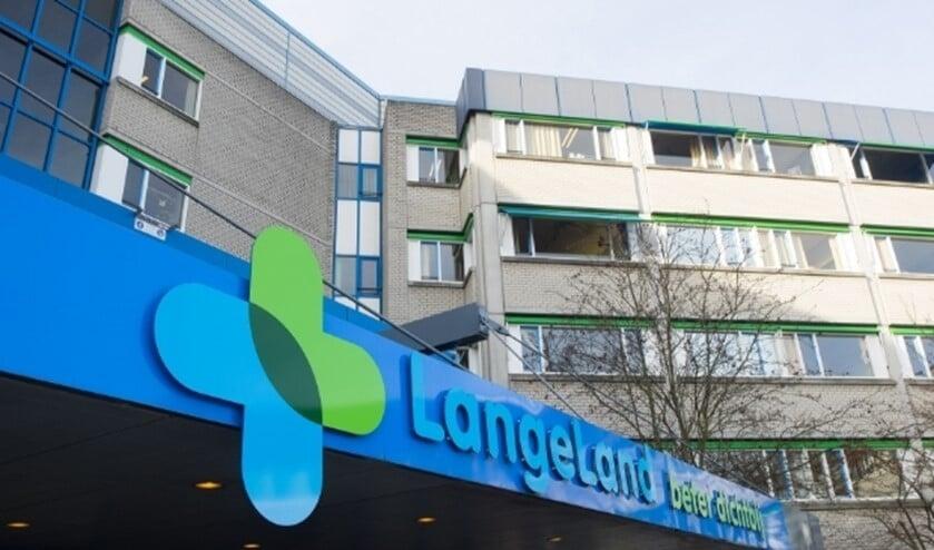 <p>Ingang LangeLand Ziekenhuis</p>