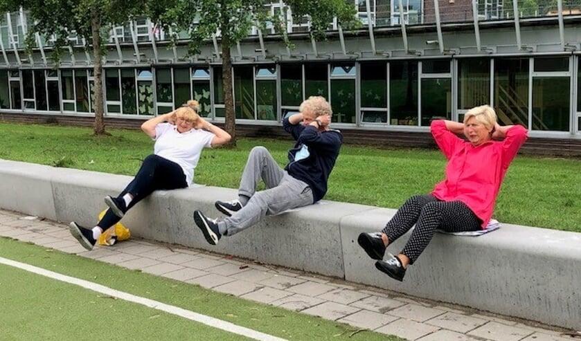 De Vitality Leidschendam traint op maandag en donderdag van 09-00 -10.00 uur op de Krajicek Playground in Park Prinsenhof (foto: pr).