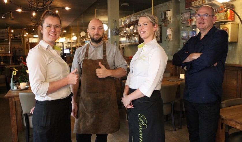 <p>Het enthousiaste team van Brocante staat klaar voor vaste, maar uiteraard ook voor gezellige nieuwe klanten uit het dorp.</p>