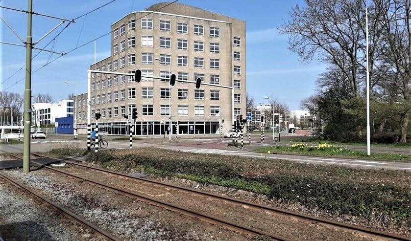 <p>Het gebouw Appelgaarde 2-4 staat grotendeels leeg, is verwaarloosd en het gebied eromheen biedt een troosteloze aanblik (archieffoto).</p>