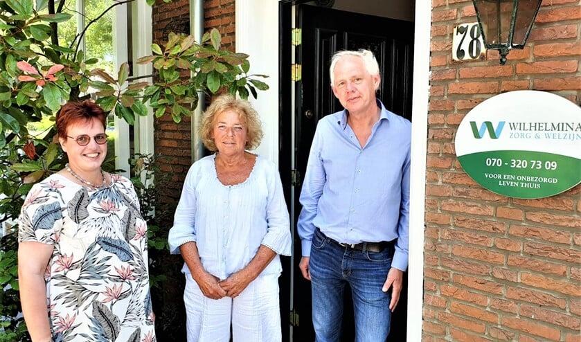 <p><em>Ingrid, Hetty en Maurice bieden met een team van zorgverleners zorg en ondersteuning afgestemd op de wensen van de cli&euml;nt (foto: PR). </em></p>