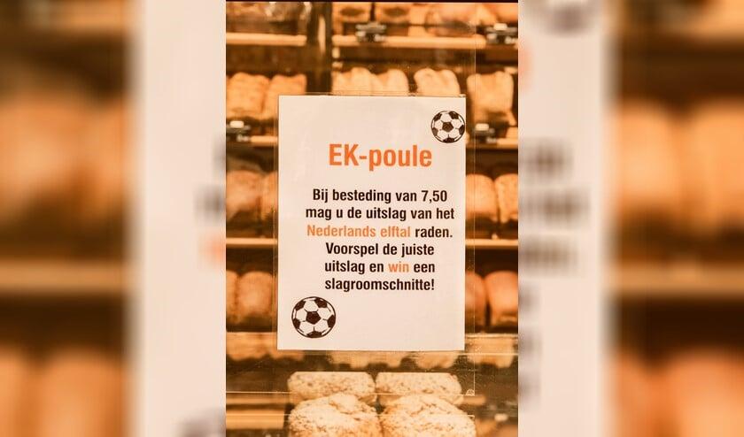 <p>Klanten met een besteding vanaf 7,50 mogen de uitslag van de eerstvolgende wedstrijd van het Nederlands Elftal voorspellen. </p>