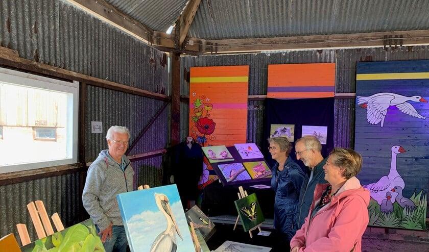 <p>Kunstenaars die afgelopen jaar aan het grote kunstwerk Panorama Platteland hebben meegeschilderd laten komend weekend hun eigen werk zien (foto: pr).</p>