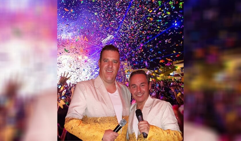 <p>De twee vrienden Peter Vermeeren en Willem Boot komen als de 2V&rsquo;s naar Midvliet om de nieuwe single &lsquo;Dansen op de tafel&rsquo; te laten horen. </p>