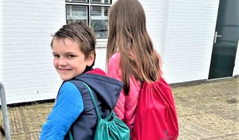 <p>Ongeveer 70 kinderen uit kwetsbare gezinnen kregen, deels via de Voedselbank, een Vakantietas (foto: pr PKN Leidschendam-Voorburg).</p>