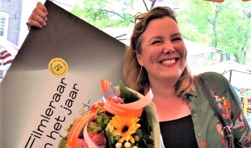 <p>Winnaar in de Regio Zuid-Holland is Caroline de Ner&eacute;e, docent Beeldende Vorming op het Gymnasium Novum in Voorburg, </p>