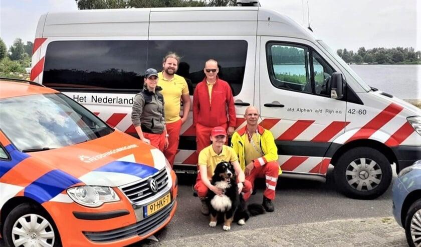 De groep Leidschendamse vrijwilligers die hulp verleenden in Limburg (foto: J. Valk).