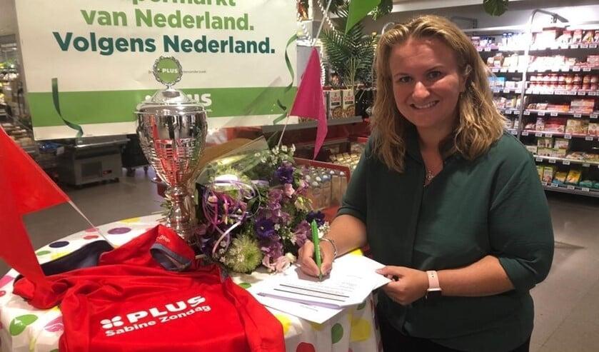 <p>Sabine Zondag steunt het nieuwe hockeyseizoen van harte.</p>