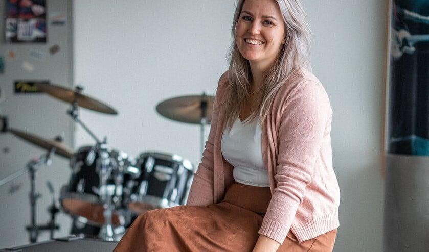 Nikki van Driel is blij met de programmering van het UitFestival. Foto: Gitta Fleuren.