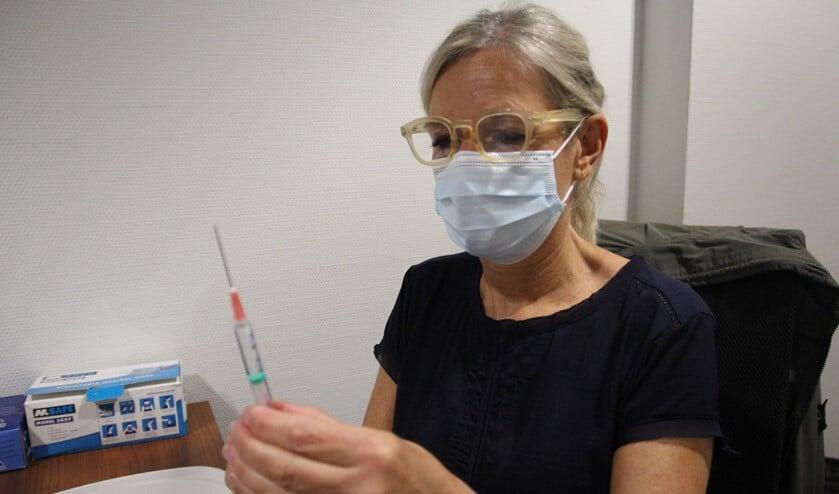 <p>De vaccinatiespuit komt steeds dichterbij...&nbsp;</p>