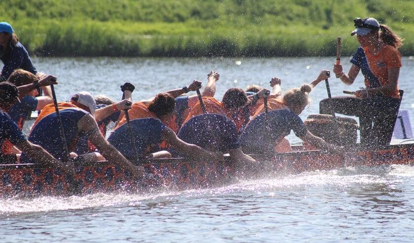 Dutch dragons in actie. Foto: Xenia ten Hoopen