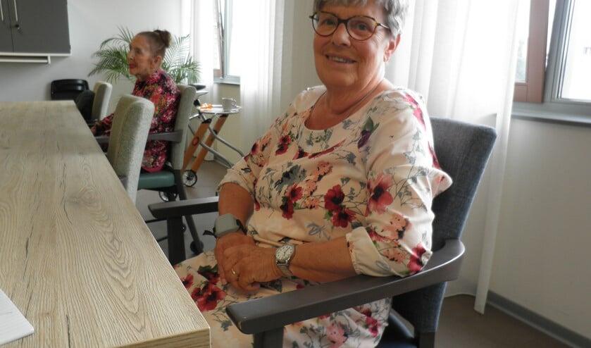 Irene Kruijthof geniet in verpleeghuis Floriadehof. Foto Kees van Rongen