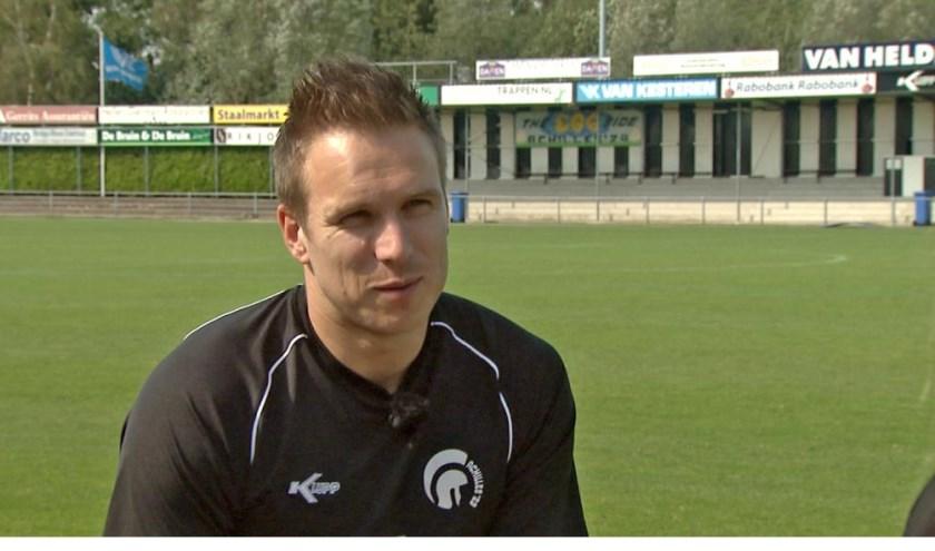 Achilles-aanvaller Freek Thoone uit Leunen scoorde de winnende treffer tegen FC Eindhoven.