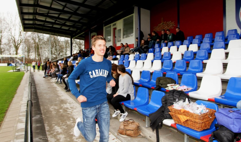 Klaas Manders is heel tevreden over de tussenstand van 900 euro. Foto Henk Lammen.