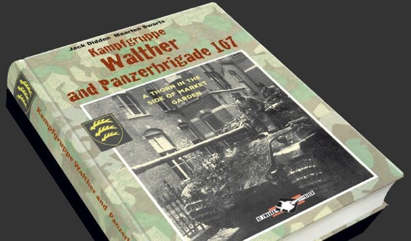 De voorzijde van het boek 'Kampgruppe Walther and Panzerbrigade 107'.