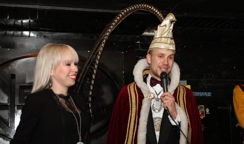 Prins Bart gaf dinsdagmorgen in de Jera de aftrap voor de optocht.
